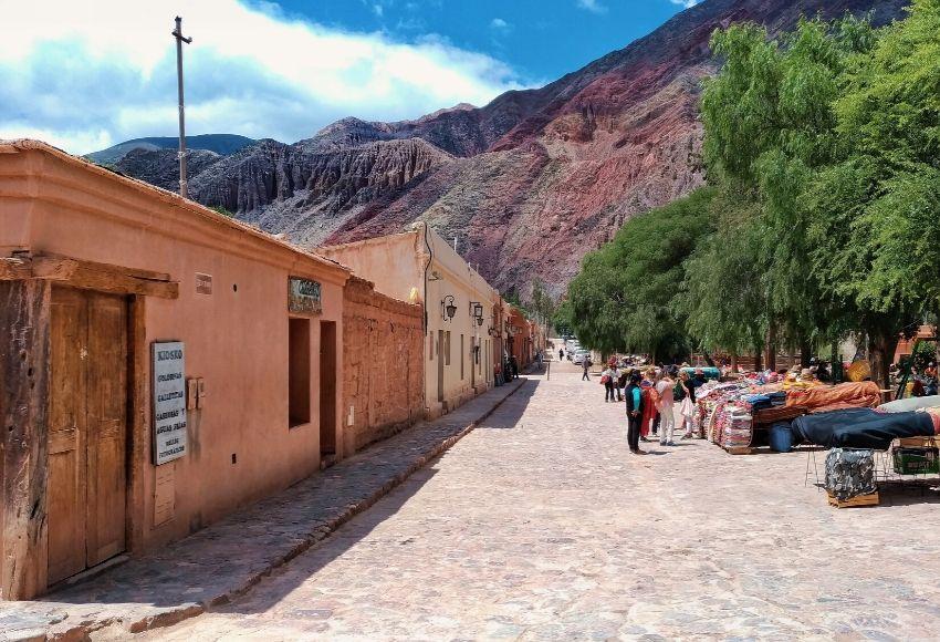Qué Hacer en Purmamarca - La Magia de la Puna Hecha Pueblo